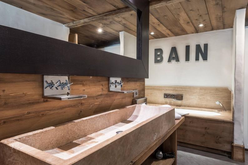 Location de vacances - Chalet à Sainte-Foy-Tarentaise - Lilou - Salle de bain