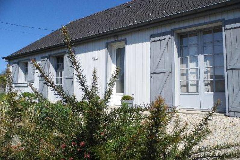 Location de vacances - Maison - Villa à Pluduno - façade avant, maison de plain pieds, 3 chambres