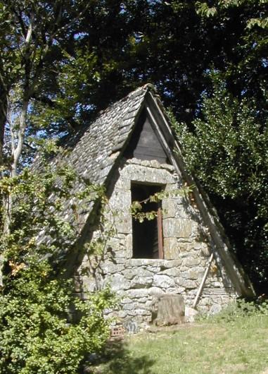 Location de vacances - Chambre d'hôtes à Marcolès - Chambre insolite Séchoir à Châtaignes