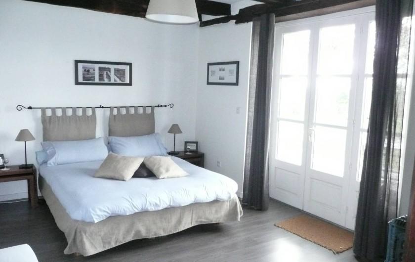 Location de vacances - Chambre d'hôtes à Marcolès - Chambre du Peintre