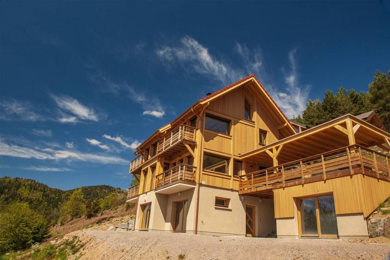 Location de vacances - Chalet à Muhlbach-sur-Munster - INUÏ Grand Chalet-Spa de luxe 5 étoiles, Neuf
