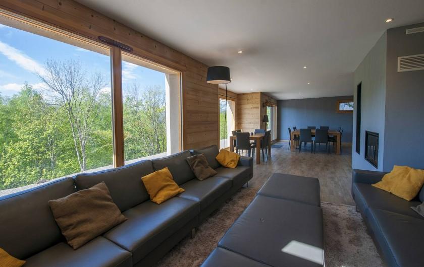 Location de vacances - Chalet à Muhlbach-sur-Munster - Grand espace de vie, salon/séjour et cuisine ouverts