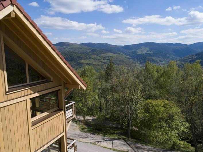 Location de vacances - Chalet à Muhlbach-sur-Munster - Vu panoramique sur le Massif Vosgien