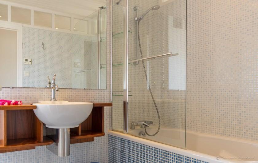 Location de vacances - Gîte à Nieul-sur-l'Autise - Salle de bain