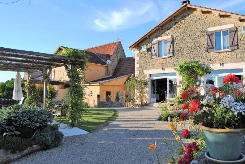 Location de vacances - Chambre d'hôtes à Saint-Avit-Sénieur - La Maison
