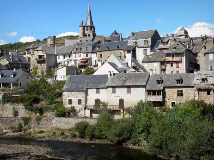Location de vacances - Gîte à Lassouts - Saint Come d'olt, Classé un des plus beau village de france.