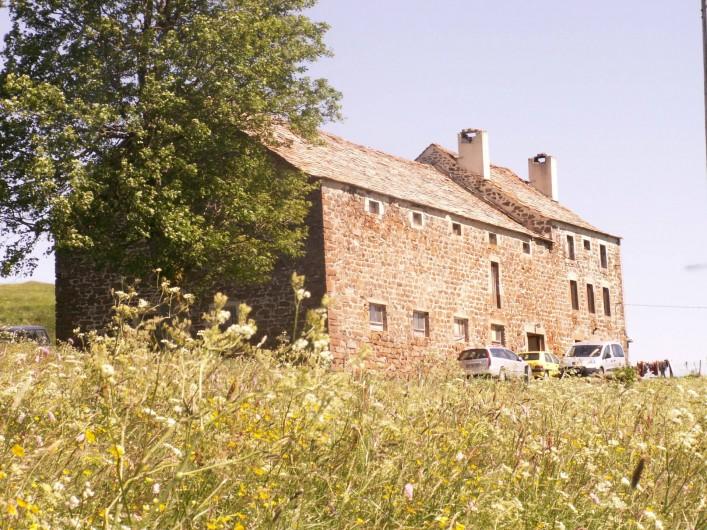 Location de vacances - Gîte à Moudeyres - Ancienne ferme rénovée,  typique des hauts plateaux du Mézenc en Haute-Loire.