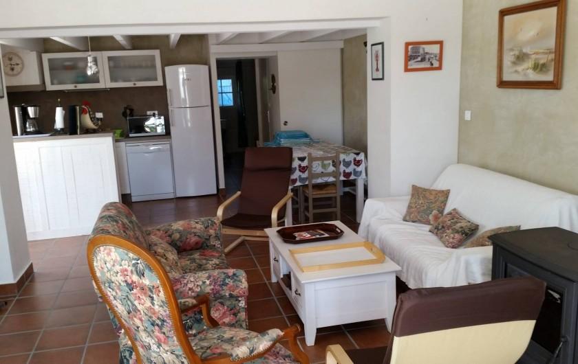 Location de vacances - Appartement à Brem-sur-Mer - Salon