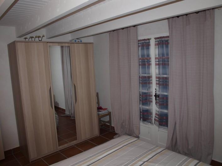 Location de vacances - Appartement à Brem-sur-Mer - chambre rez de chaussée