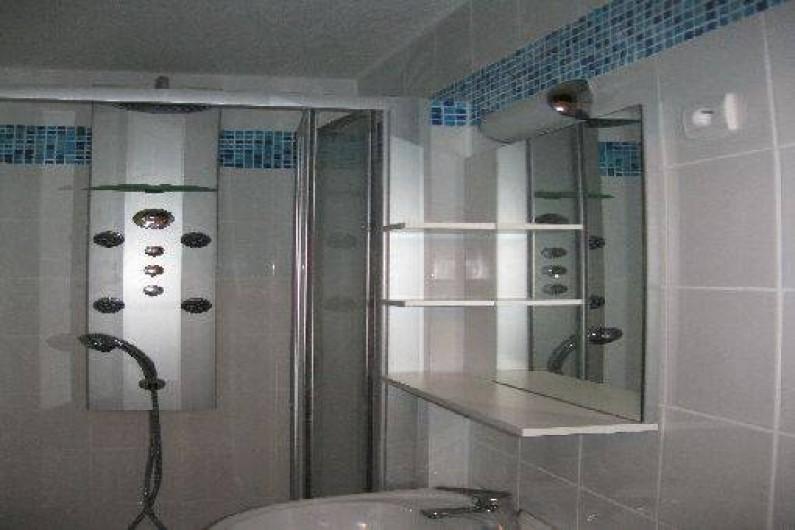 Location de vacances - Appartement à Les Menuires - Salle de douche