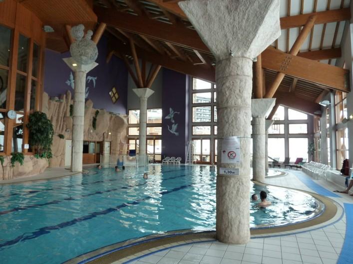 Location de vacances - Appartement à Les Menuires - Centre sportif