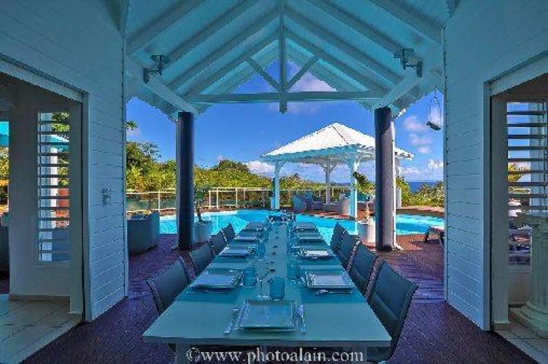 Location de vacances - Villa à Sainte-Anne - terrasse couverte