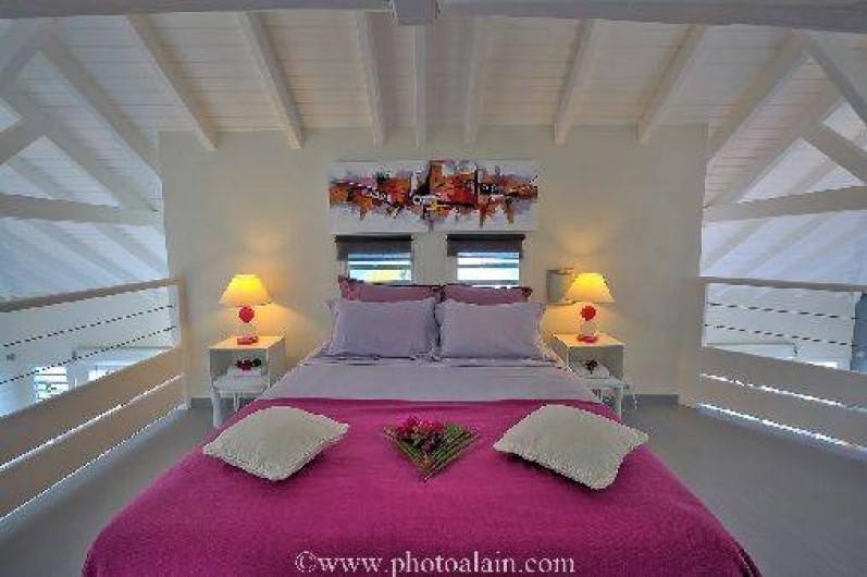 Location de vacances - Villa à Sainte-Anne - chambre mezzanine lit 160 x 200