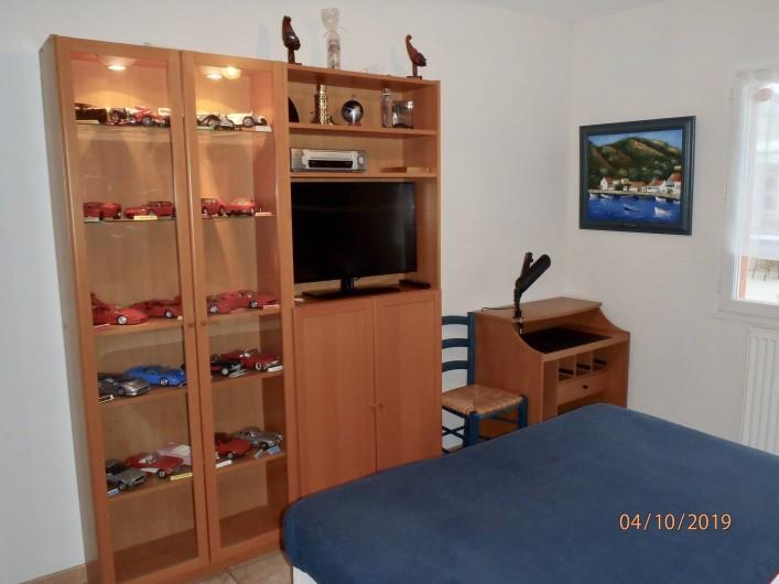 Location de vacances - Villa à Muret - chambre 2, TV