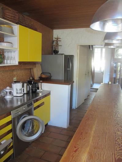 Location de vacances - Villa à Hyères - CUISINE À L' AMÉRICAINE