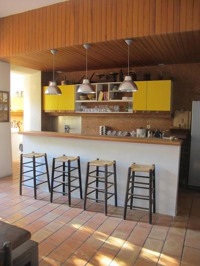 Location de vacances - Villa à Hyères - BAR /CUISINE
