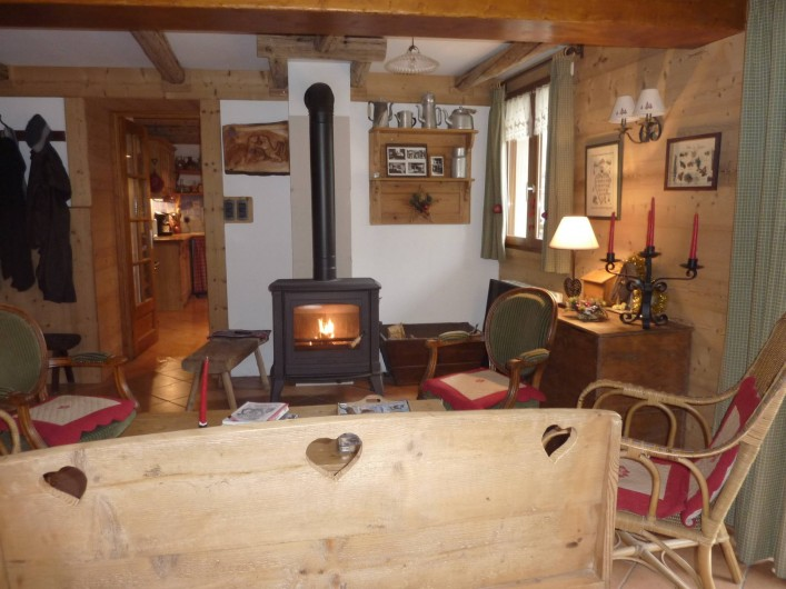 Location de vacances - Chalet à Saint-Jean-d'Arves - salon Rdc