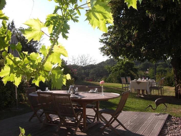 Location de vacances - Chambre d'hôtes à Sarlat-la-Canéda - Jardin
