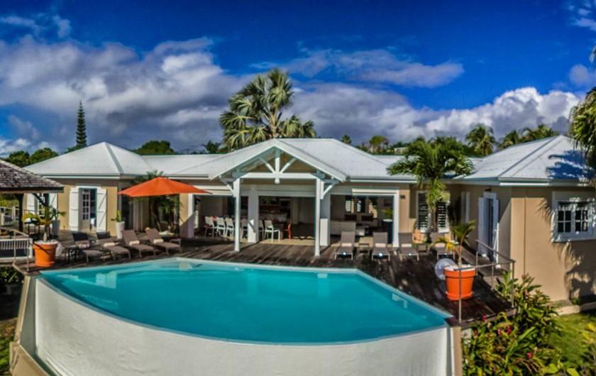 Location de vacances - Villa à Sainte-Anne - vue d'ensemble