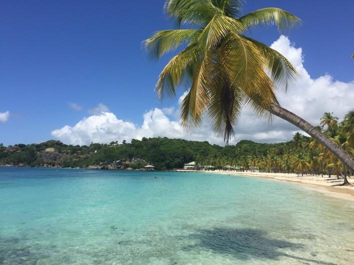 Location de vacances - Villa à Sainte-Anne - plage club med à 5 mn en voiture