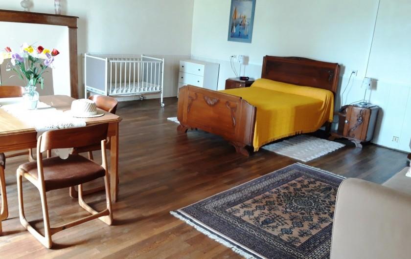 Location de vacances - Maison - Villa à Moncoutant-sur-Sèvre - Chambre Rez de Chaussée