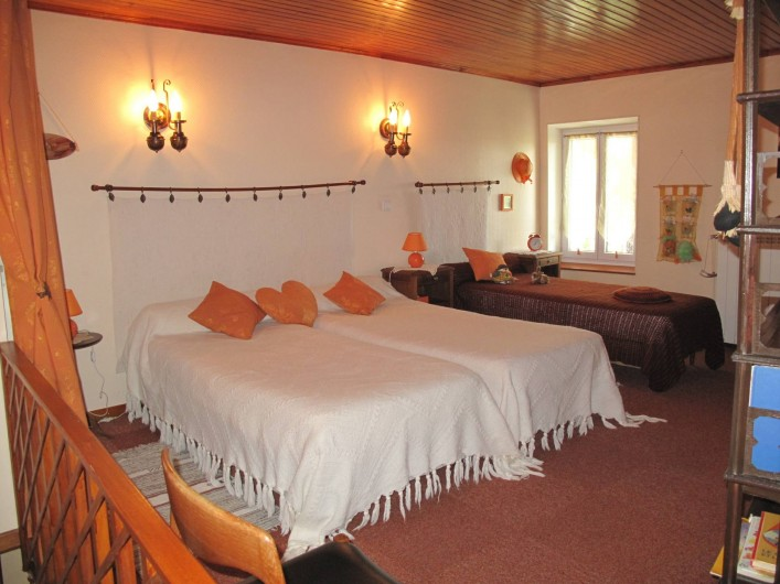 Location de vacances - Gîte à Lapalud - chambre 2