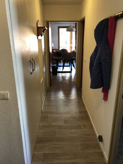 Location de vacances - Appartement à Saint-Sorlin-d'Arves - Couloir