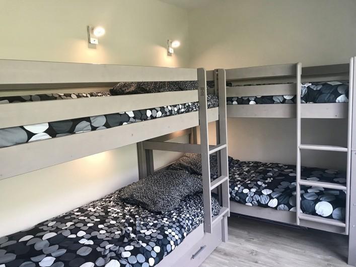 Location de vacances - Appartement à Saint-Sorlin-d'Arves - chambre enfants 4 lits simples + 1 lit tiroir