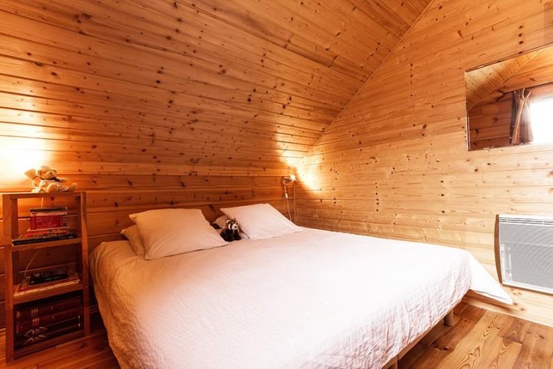Location de vacances - Chalet à La Joue du Loup - Chalet Céline - Chambre 1 avec lit double