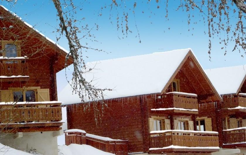 Location de vacances - Chalet à La Joue du Loup - Les Chalets de Céline en hiver