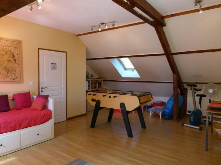 Location de vacances - Gîte à Outines - Salle de jeux et multiactivités pouvant servir de 6ème chambre