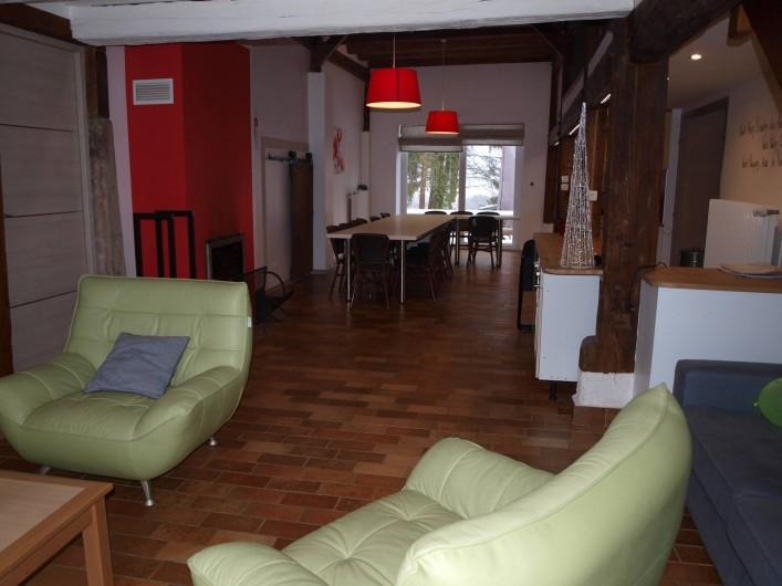Location de vacances - Gîte à Corcieux - La grande pièce à vivre côté salon