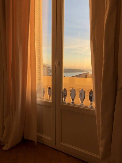 Location de vacances - Appartement à Monaco-Ville - la vue vers l'Italie et anla Mer