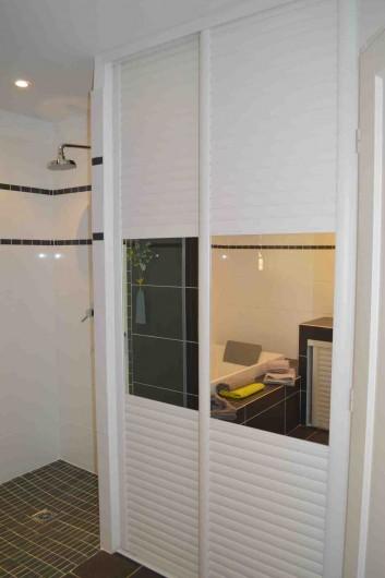 Location de vacances - Villa à Porto-Vecchio - Salle de bain RdC