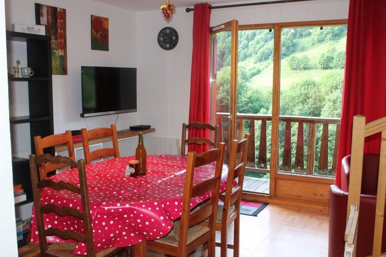 Location de vacances - Appartement à Saint-Sorlin-d'Arves - coin salle à manger
