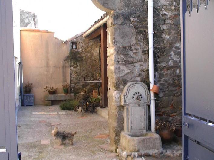 Location de vacances - Gîte à Carcassonne - cour  ENTREE