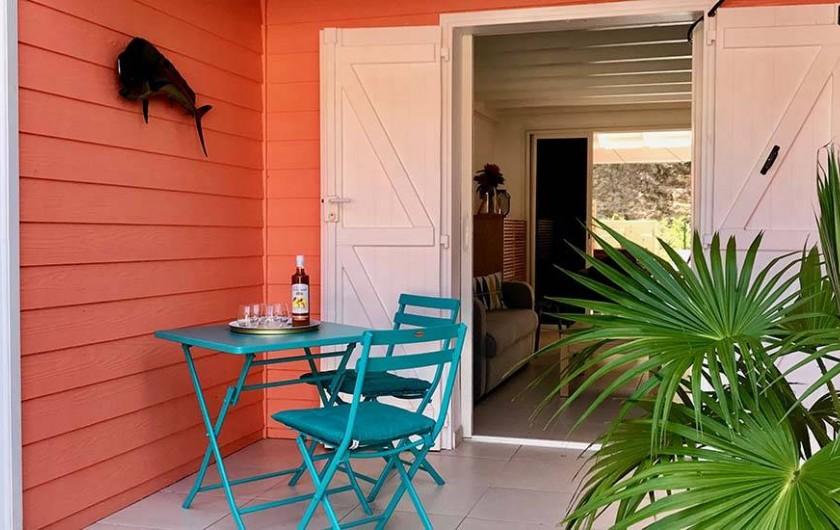 Location de vacances - Villa à Les Trois-Îlets - Terrasse entrée