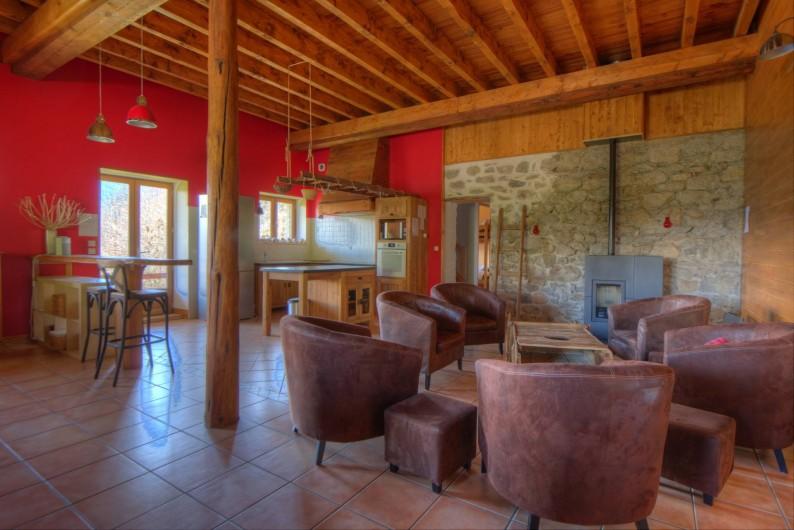 Location de vacances - Chalet à Fontcouverte-la-Toussuire - chambre claire et spacieuse.