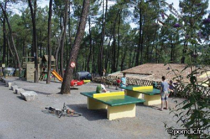 Location de vacances - Camping à Joyeuse - Aire de jeux