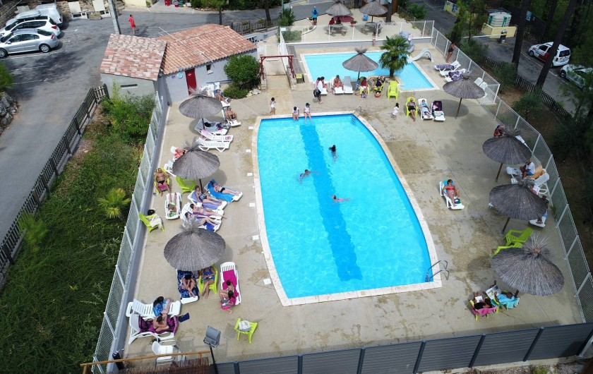 Location de vacances - Camping à Joyeuse - Vue aérienne - Nos piscines chauffées