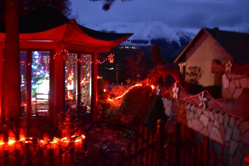 Location de vacances - Villa à Pierre-Châtel - Maison de thé avec ses illuminations