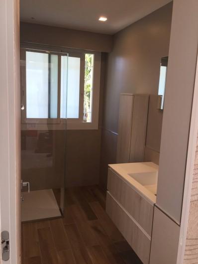 Location de vacances - Appartement à Menton - salle d'eau