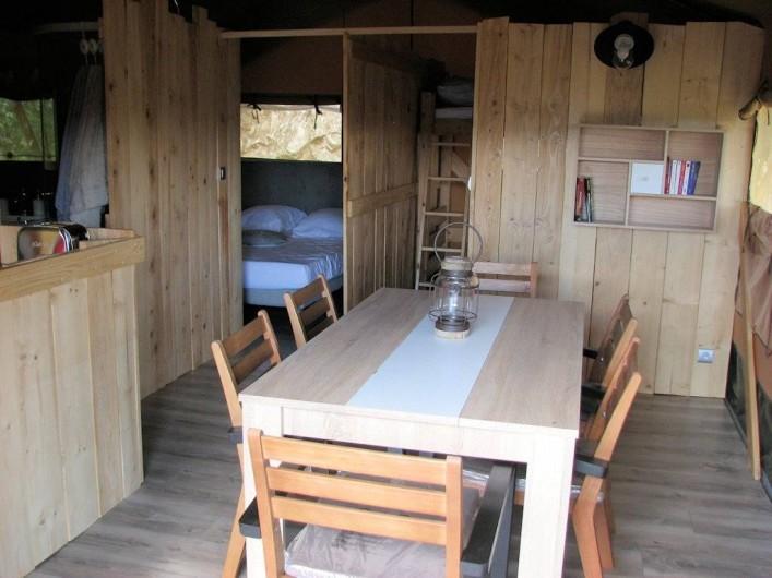 Location de vacances - Gîte à Chirols - Salle à manger