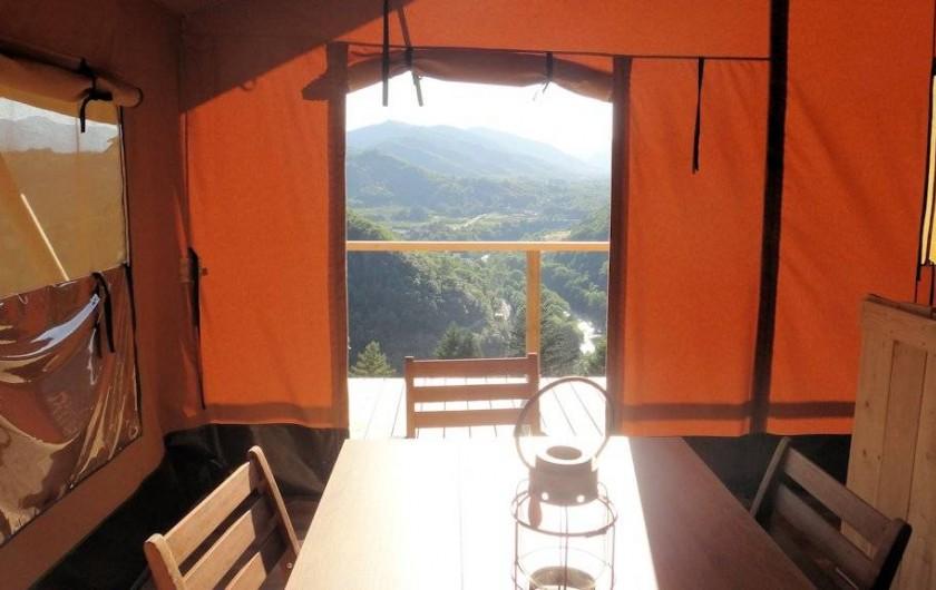 Location de vacances - Gîte à Chirols - Vue depuis la salle à manger