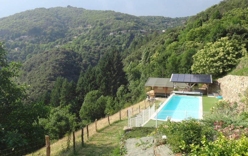 Location de vacances - Gîte à Chirols - Accès à la piscine et à la tente