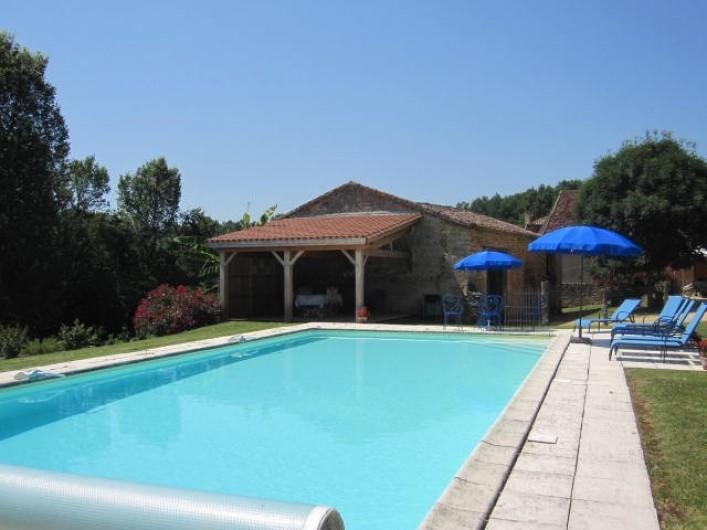 Location de vacances - Gîte à Pezuls - piscine