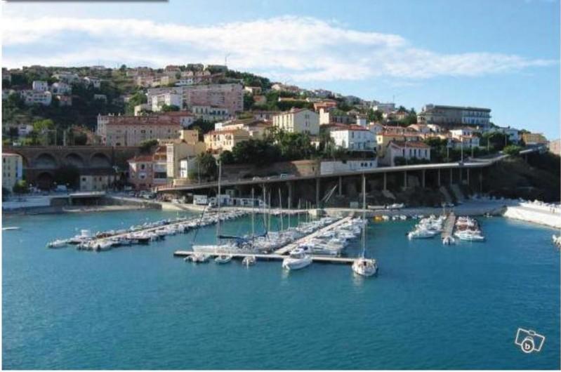 Location de vacances - Appartement à Cerbère - Port de Cerbère, 2 km de l'appartement