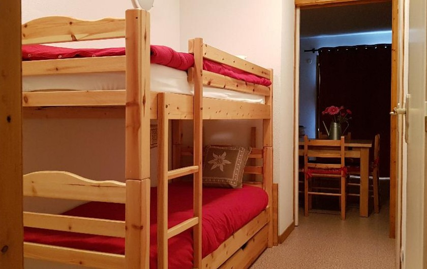 Location de vacances - Appartement à La Joue du Loup - les lits superposés
