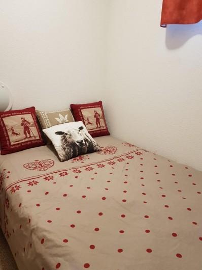 Location de vacances - Appartement à La Joue du Loup - la chambre