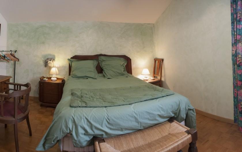 """Location de vacances - Chalet à Le Clerjus - lit parental avec matelas """"LATEX"""""""